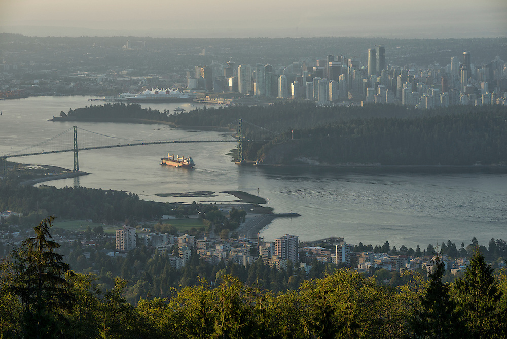 Canada, British Columbia, Vancouver , view over downtown, Stanley Park and Lions Gate Bridge,