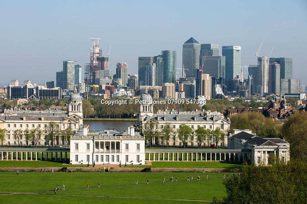 Canary Wharf &amp; Greenwich University, Palace &amp; Park;<br />