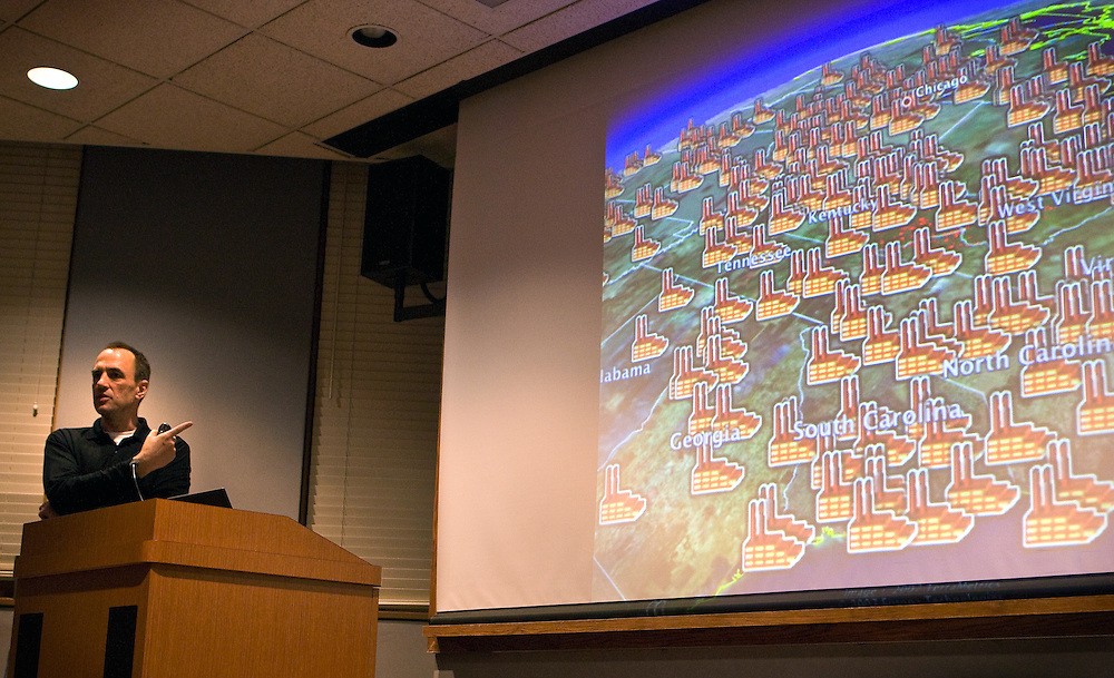 "Jeff Goodell, investigative journalist and author of ""Big Coal,"" uses Google Earth to show his audience the proliferation of coal power plants in the East Coast during his lecture on the perils of coal energy on Wednesday, April 16, 2008 in Ohio University's Scripps Auditorium."