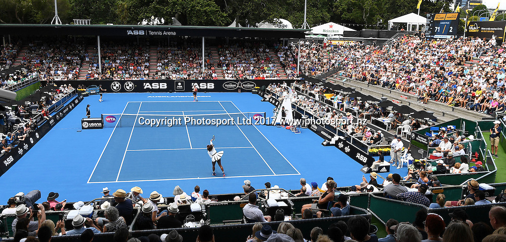 A general view as Serena Williams plays her first round singles match at the ASB Classic. WTA Womens Tournament. ASB Tennis Centre, Auckland, New Zealand. Tuesday 3 January 2017. © Copyright photo: Andrew Cornaga / www.photosport.nz