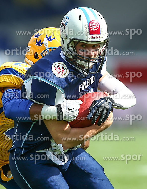 01.06.2014, NV Arena, St. Poelten, AUT, American Football Europameisterschaft 2014, Gruppe A, Finnland (FIN) vs Schweden (SWE), im Bild Philip Minja, (Team Sweden, DB, #21) und  Miro Kadmiry, (Team Finland, QB, #7) // during the American Football European Championship 2014 group A game between Finland and Sweden at the NV Arena, St. Poelten, Austria on 2014/06/01. EXPA Pictures © 2014, PhotoCredit: EXPA/ Thomas Haumer