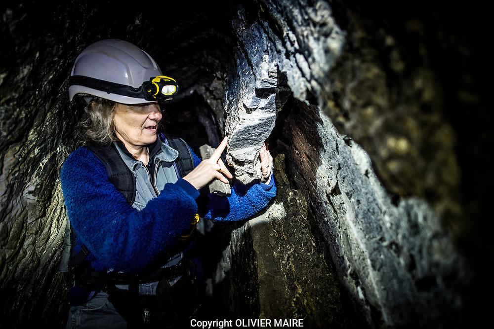 Visite des mines de sel de Bex sur le site du Bouillet le 10 aout 2016 avec Mme Jacqueline Menth,<br /> ici une cloque dans la roche qui se gonfle dans la galerie<br /> <br /> (PHOTO-GENIC.CH/ OLIVIER MAIRE)<br /> <br /> salines, exploitation, histoire des 450 ans d&rsquo;existence des Mines et Salines de Bex. mineur, grisou, caverne