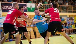 17.09.2015, Sporthalle, Leoben, AUT, HLA, Grunddurchgang, Union JURI Leoben vs Sparkasse Schwaz Handball Tirol, im Bild v.l.: Anton Prakapenia (Schwaz), Damir Djukic (Schwaz), Marek Kovacech (Leoben), Andreas Lassner (Schwaz) // during the HLA between Union JURI Leoben vs Sparkasse Schwaz Handball Tirol at the Sport Hall, Leoben, Austria on 2015/09/17, EXPA Pictures © 2015, PhotoCredit: EXPA/ Dominik Angerer