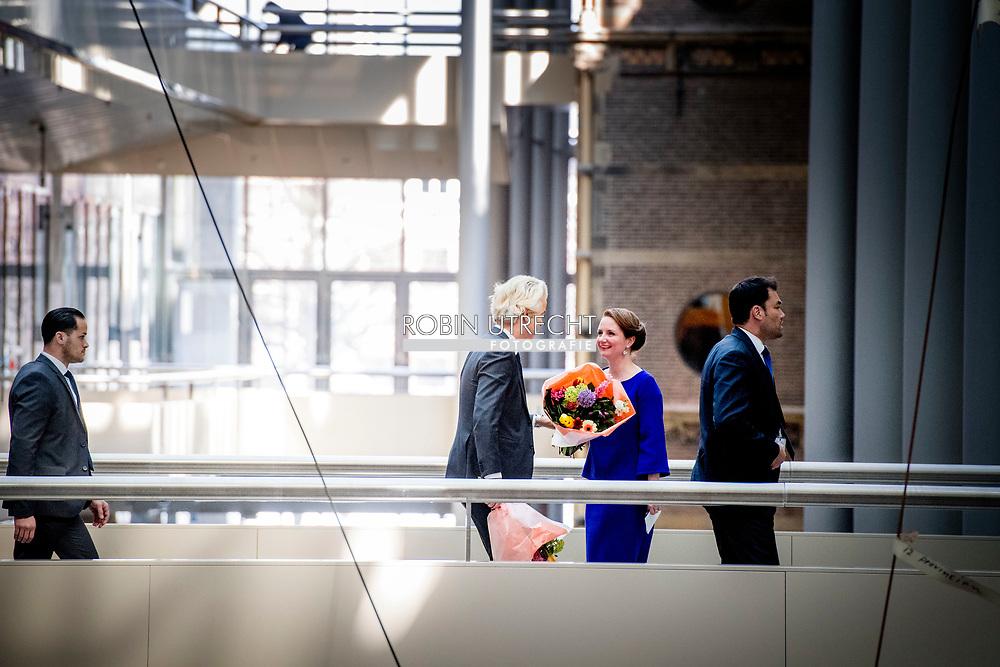 DEN HAAG - PVV-leider Geert Wilders  tijdens de installatie van de nieuwe Kamerleden na de Tweede Kamerverkiezingen.  democratie formatie holland installatie kabinetsformatie kamerleden kiezen nieuwe partijpolitiek politicus politiek tk2017 van  bewaking , beveiliging