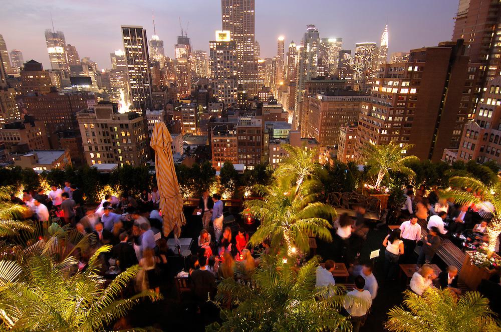Roof Top Bar, 230,  5th Avenue, Manhattan, New York, New York, USA.