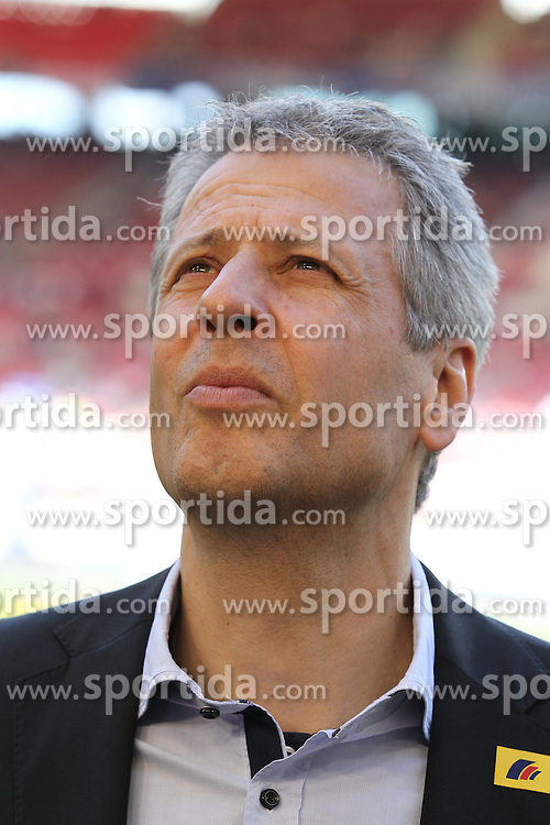 14.04.2013, Mercedes Benz Arena, Stuttgart, GER, 1. FBL, VfB Stuttgart vs Borussia Moenchengladbach, 29. Runde, im Bild Bild: Lucien FAVRE (Borussia Moenchengladbach) // during the German Bundesliga 29th round match between VfB Stuttgart and Borussia Moenchengladbach at the Mercedes Benz Arena, Stuttgart, Germany on 2013/04/14. EXPA Pictures © 2013, PhotoCredit: EXPA/ Eibner/ Eckhard Eibner..***** ATTENTION - OUT OF GER *****