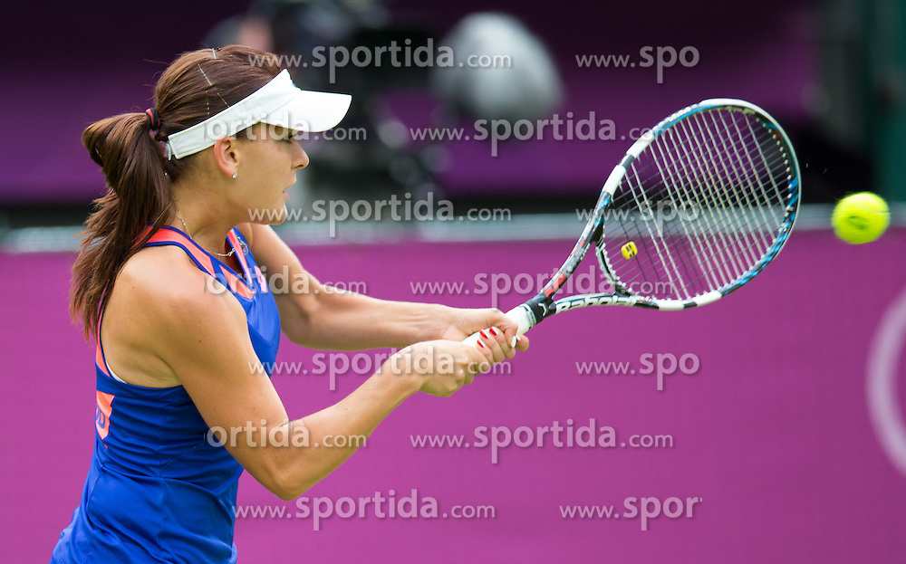29.07.2012, Wimbledon, London, GBR, Olympia 2012, Tennis, Damen Einzel, Runde 1, im Bild Agnieszka Radwanska (POL) // Agnieszka Radwanska of Poland during first Round of ladies singles tennis competition at the 2012 Summer Olympics at Wimbledon, London, United Kingdom on 2012/07/29. EXPA Pictures © 2012, PhotoCredit: EXPA/ Johann Groder