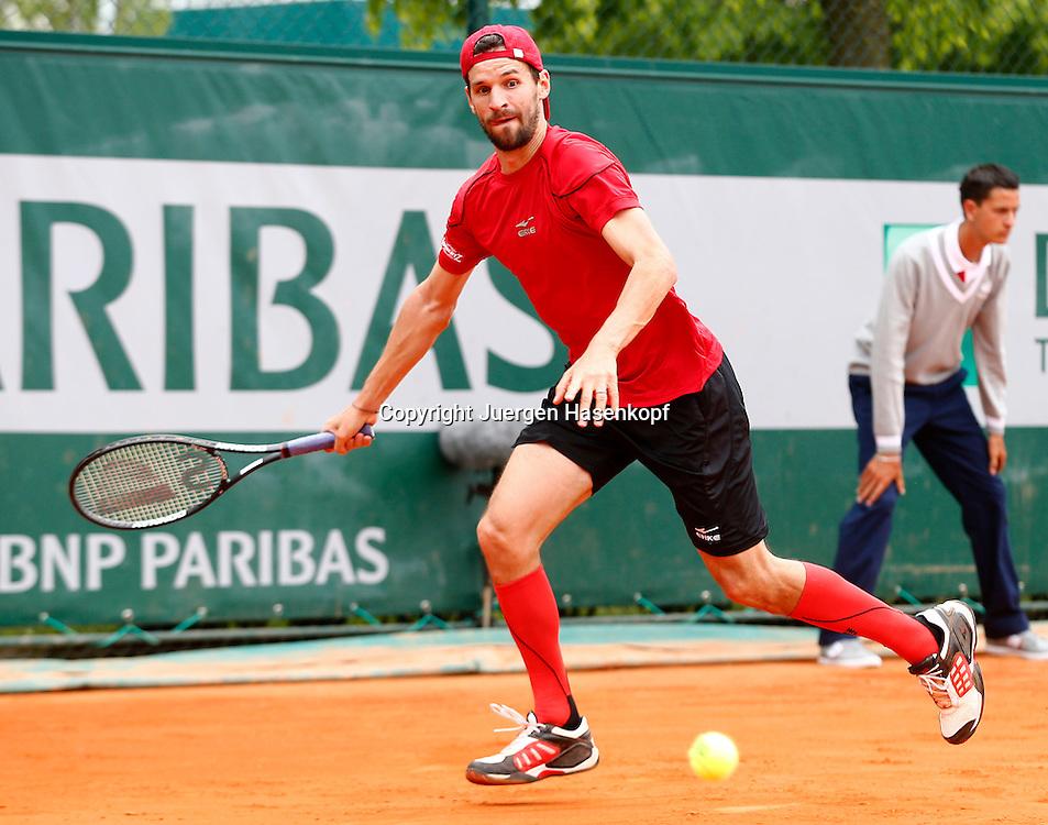 French Open 2013, Roland Garros,Paris,ITF Grand Slam Tennis Tournament, Philipp Petzschner (GER),.Aktion,Einzelbild,Ganzkoerper,Querformat,