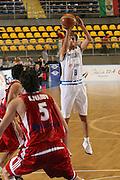 DESCRIZIONE : Torino Qualificazione Eurobasket 2009 Italia Bulgaria<br /> GIOCATORE : Giuseppe Poeta <br /> SQUADRA : Nazionale Italia Uomini<br /> EVENTO : Raduno Collegiale Nazionale Maschile <br /> GARA : Italia Bulgaria Italy Bulgaria<br /> DATA : 17/09/2008 <br /> CATEGORIA : tiro <br /> SPORT : Pallacanestro <br /> AUTORE : Agenzia Ciamillo-Castoria/M.Marchi <br /> Galleria : Fip Nazionali 2008<br /> Fotonotizia : Torino Qualificazione Eurobasket 2009 Italia Bulgaria<br /> Predefinita :