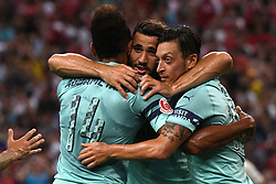 2018?7?28?.??????——?????????????????????????..7?28????????Mesut Ozil?10???????????????????????????????.???? ??????..Arsenal player Mesut Ozil (No 10, R) celebrates with his teammates after scoring in the International Champions Cup match between Arsenal and Paris Saint-Germain held in Singapore's National Stadium on Jul 28, 2018..By Xinhua, Then Chih Wey..??????????2018?7?28? (Credit Image: © Then Chih Wey/Xinhua via ZUMA Wire)