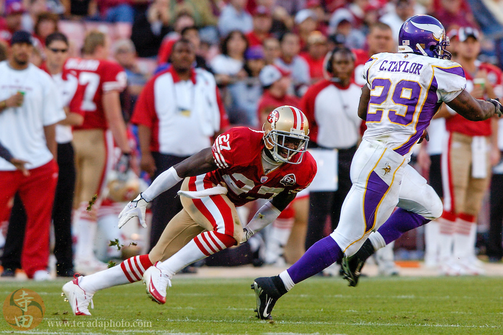 Nov 5, 2006 San Francisco, CA, USA: San Francisco 49ers defensive back Walt Harris (27) defends against Minnesota Vikings running back Chester Taylor (29) during the second half at Monster Park. The 49ers defeated the Vikings 9-3.