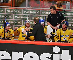 11.05.2012, Ericsson Globe, Stockholm, SWE, IIHF, Eishockey WM, Russland (RUS) vs Schweden (SWE), im Bild, Sverige Sweden tränare Head coach Pär Mårts coaching // during the IIHF Icehockey World Championship Game between Russia (RUS) and Sweden (SWE) at the Ericsson Globe, Stockholm, Sweden on 2012/05/11. EXPA Pictures © 2012, PhotoCredit: EXPA/ PicAgency Skycam/ Simone Syversson..***** ATTENTION - OUT OF SWE *****