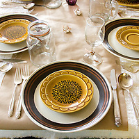 Matching plates from different china sets is a unique way to expand your plate capacity and decorate your table at the same time.