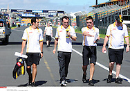 Grand Prix d'Australie de formule 1..Melbourne 24 mars 2010..Illustration paddock..Photo: Stéphane Mantey/ L'Equipe *** Local Caption *** kubica (robert) - (pol) -