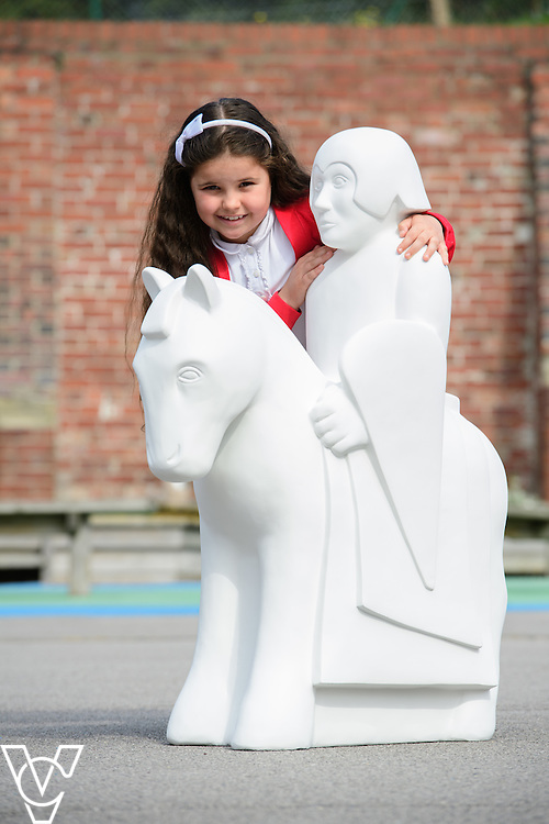 The Lincoln Knights&rsquo; Trail Education Programme - The EBP has been appointed as the official education partner for the 2017 Lincoln Knights&rsquo; Trail.  Pictured are pupils from Monks Abbey School with the half sized knight which is part of the education programme.<br /> <br /> Picture: Chris Vaughan Photography for The EBP<br /> Date: September 14, 2016