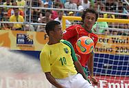 Footbal-FIFA Beach Soccer World Cup 2006 -  Semi Final- BRA xPOR -Benjamim and Hernani -Rio de Janeiro- Brazil - 11/11/2006.<br />Mandatory Credit: FIFA/Ricardo Ayres