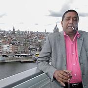 NLD/Amsterdam/20120416 - Boekpresentatie Presteren, Prem Radhakishun