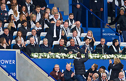 LEICESTER, ENGLAND - Saturday, November 10, 2018: Former Leicester City manager Claudio Ranieri waves to the supporters as they chant his name during the FA Premier League match between Leicester City FC and Burnley FC at the King Power Stadium. (Pic by David Rawcliffe/Propaganda)