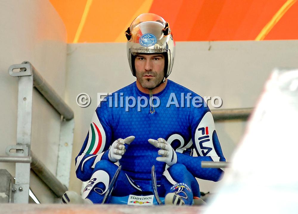&copy; Filippo Alfero<br /> Cesana Pariol (TO), 29-12-2006<br /> Sport, slittino<br /> Campionati Italiani Assoluti di Slittino<br /> Nella foto: Armin Zoeggeler<br /> <br /> &copy; Filippo Alfero<br /> Cesana Pariol, Italy, 29-12-2006<br /> Luge<br /> Luge Italian Championship<br /> In the photo: Armin Zoeggeler