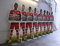 Fussball  1. Bundesliga  Saison 2014/2015  12. SPIELTAG FC Bayern Muenchen - TSG 1899 Hoffenheim     22.11.2014 David Alaba (FC Bayern Muenchen) als Pappfigur bei der Werbung fuer die Hypo Vereinsbank in der Muenchner Allianz Arena