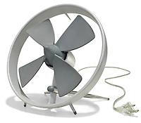 propeller desk fan in silver