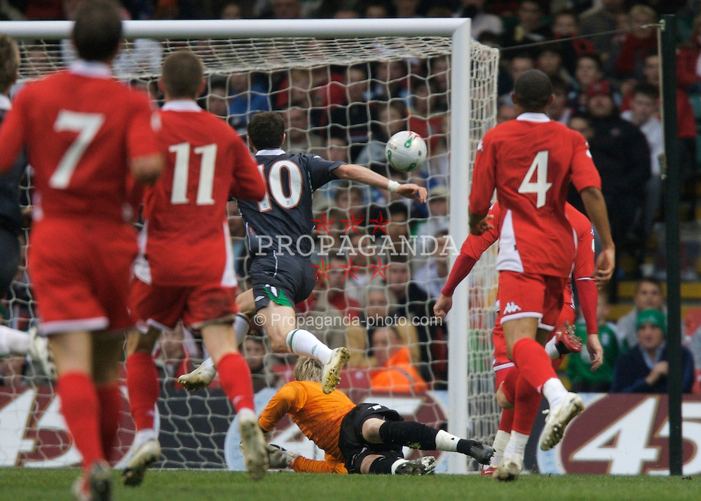 CARDIFF, WALES - Saturday, November 17, 2007: Wales' goalkeeper Wayne Hennessey is beaten by Republic of Ireland's Robbie Keane for the equalising goal during the UEFA Euro 2008 Qualifying Group D match at the Millennium Stadium. (Pic by David Rawcliffe/Propaganda)