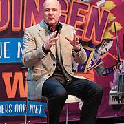 NLD/Amsterdam/20130116 - Vragenvuur kinderen tijdens Kidscollege 2013, astronaut Andre Kuipers