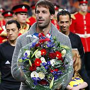 NLD/Amsterdam/20121114 - Vriendschappelijk duel Nederland - Duitsland, huldiging Ruud van Nistelrooij