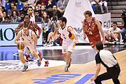 DESCRIZIONE : Milano Lega A 2014-15 <br /> EA7 Olimpia Milano - Acea Virtus Roma <br /> GIOCATORE : Maxime De Zeeuw<br /> CATEGORIA : contropiede controcampo palleggio <br /> SQUADRA : Acea Virtus Roma <br /> EVENTO : Campionato Lega A 2014-2015 <br /> GARA : EA7 Olimpia Milano - Acea Virtus Roma<br /> DATA : 12/04/2015<br /> SPORT : Pallacanestro <br /> AUTORE : Agenzia Ciamillo-Castoria/GiulioCiamillo<br /> Galleria : Lega Basket A 2014-2015  <br /> Fotonotizia : Milano Lega A 2014-15 EA7 Olimpia Milano - Acea Virtus Roma