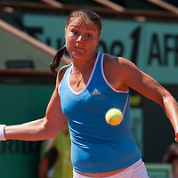31 May 2009:  Dinara Safina of Russia eyes the ball as she prepares a forehand during the Women's Singles fourth round match on day eight of the French Open at Roland Garros in Paris, France.