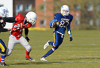 - Photo mandatory by-line: Gareth Davies/Studio GD Photography - Tel: +44(0)7920 065555 - 15/02/2015 - SPORT - AMERICAN FOOTBALL - BUAFL - South East Conference - Surrey Stingers v Sussex Saxons - Surrey Sports Park, Guildford, Surrey, England.