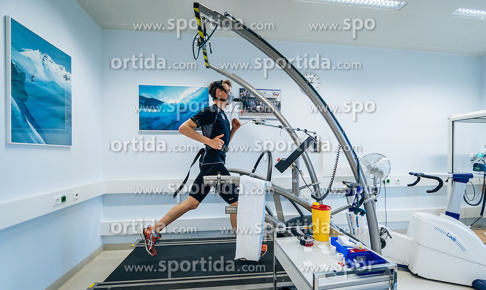 02.05.2016, Bezirkskrankenhaus, St. Johann i.T., AUT, OeSV, Skisprung, Sportmedizinische Untersuchung, im Bild Philipp Aschenwald (AUT) // Philipp Aschenwald of Austria undergoes his medical examination of the Austrian Skijumping Team at the Sports Medicine Institute, St. Johann i.T. on 2016/05/02. EXPA Pictures © 2016, PhotoCredit: EXPA/ JFK