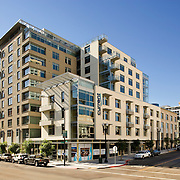 Carrier Johnson designed the Current apartments in downtown San Diego - the project was completed in late 2007. In the old-school tradition of swanky apartments for young movers & shakers, the Current project is hip & happening, vibrant & colorful.