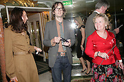 Jarvis Cocker , his wife Camille Bidault-Waddington Damien't mum Mary Brennan, Beyond Belief-Damien Hirst. White Cube Hoxton and Mason's Yard.Party  afterwards at the Dorchester. Park Lane. 2 June 2007.  -DO NOT ARCHIVE-© Copyright Photograph by Dafydd Jones. 248 Clapham Rd. London SW9 0PZ. Tel 0207 820 0771. www.dafjones.com.
