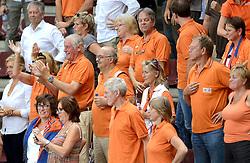 28-09-2014 ITA: World Championship Volleyball Mexico - Nederland, Verona<br /> Nederland wint met 3-0 van Mexico / Support publiek Johan Wakkie, Hans Nieukerke
