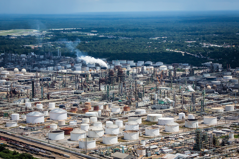 ExxonMobil Refinery at Baton Rouge after days of rain causing a 1000-year flood. The refinery  shut down four production units and idled others as ongoing flooding threatened offsite facilities, including pumping stations and gas storage facilities.