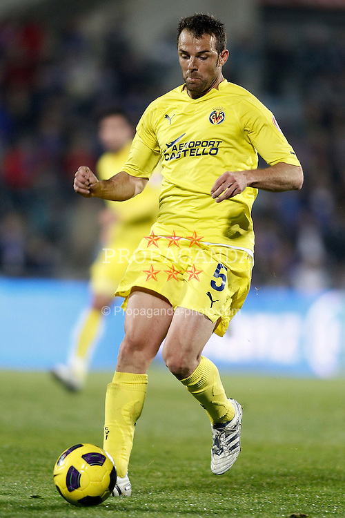 11.12.2010, Coliseum Alfonso Perez, Madrid, ESP, Primera Division, FC Getafe vs FC Villarreal, im Bild Villareal's Carlos Marchena during La Liga match. December 11, 2010. EXPA Pictures © 2010, PhotoCredit: EXPA/ Alterphotos/ Alvaro Hernandez +++++ ATTENTION - OUT OF SPAIN / ESP +++++