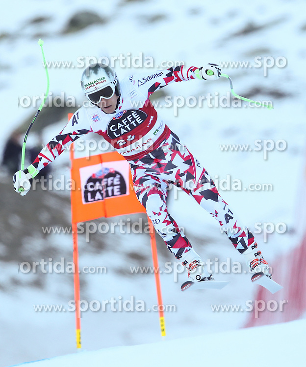 28.12.2015, Deborah Compagnoni Rennstrecke, Santa Caterina, ITA, FIS Ski Weltcup, Santa Caterina, Abfahrt, Herren, 2. Training, im Bild Otmar Striedinger (AUT) // Otmar Striedinger of Austria in action during the 2nd practice run of men's Downhill of the Santa Caterina FIS Ski Alpine World Cup at the Deborah Compagnoni Course in Santa Caterina, Italy on 2015/12/28. EXPA Pictures © 2015, PhotoCredit: EXPA/ Johann Groder