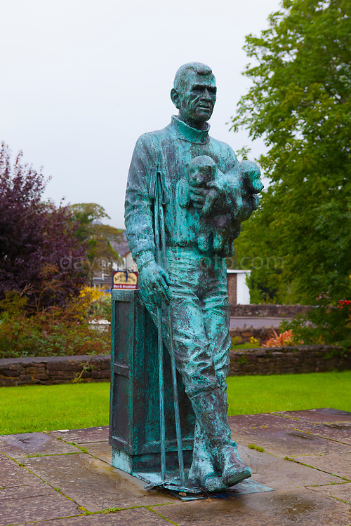 Statue of Irish polar explorer Tom Crean, Annascaul, Dingle Peninsula, Co. Kerry, Ireland