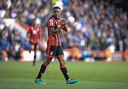 Callum Wilson of Bournemouth claps the homes fabs after he is replaced. - Mandatory by-line: Alex James/JMP - 22/10/2016 - FOOTBALL - Vitality Stadium - Bournemouth, England - AFC Bournemouth v Tottenham Hotspur - Premier League