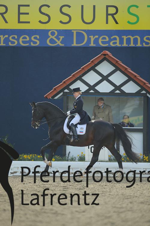 Sidneva, Elena, Romeo-Star<br /> Hagen - Horses and Dreams 2013<br /> Grand Prix<br /> © www.sportfotos-lafrentz.de/Stefan Lafrentz