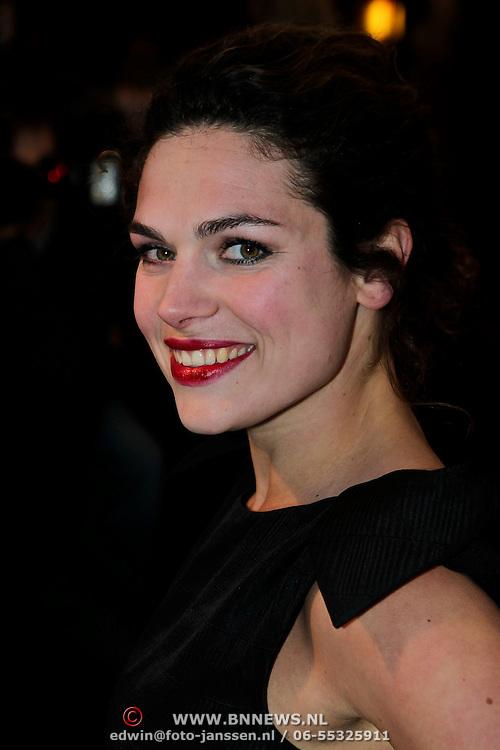 NLD/Amsterdam/20100412 - Premiere film de Gelukkige Huisvrouw, Anna Drijver