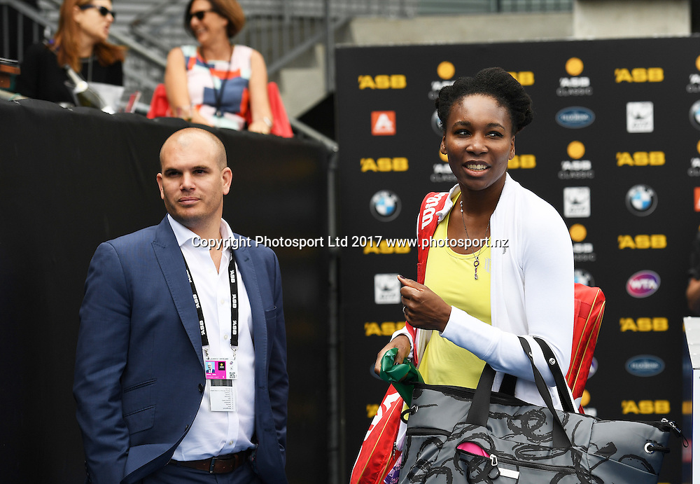 USA's Venus Williams waits as Tournament director Karl Budge looks on at the ASB Classic. WTA Womens Tournament. ASB Tennis Centre, Auckland, New Zealand. Wednesday 4 January 2017. © Copyright photo: Andrew Cornaga / www.photosport.nz