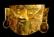PERU, PREHISPANIC, GOLD Chimu-Lambayeque; funeral mask