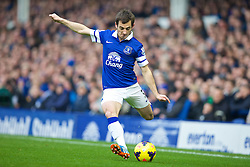 LIVERPOOL, ENGLAND - Saturday, November 23, 2013: Everton's Leighton Baines in action against Liverpool during the 221st Merseyside Derby Premiership match at Goodison Park. (Pic by David Rawcliffe/Propaganda)
