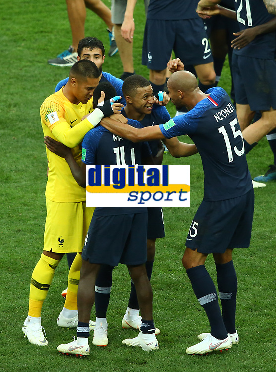 Kylian Mbappe (France) celebrates with Steven Nzonzi (France)<br /> Celebration Victory France <br /> Moscow 15-07-2018 Football FIFA World Cup Russia  2018 Final / Finale <br /> France - Croatia / Francia - Croazia <br /> Foto Matteo Ciambelli/Insidefoto