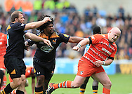 Dan Cole of Leicester Tigers not making friends during the Aviva Premiership match at the Ricoh Arena, Coventry<br /> Picture by Michael Whitefoot/Focus Images Ltd 07969 898192<br /> 09/05/2015