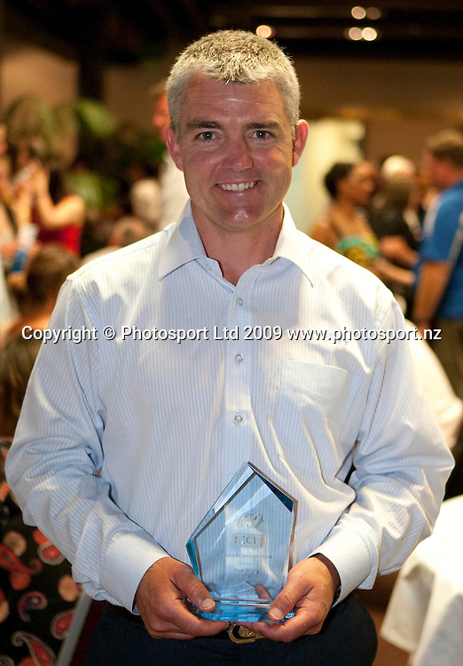 Coach of the Year Paul Strang (cricket). Sport Auckland Sporting Excellence Awards, Alexandra Park Function Centre, Auckland. Wednesday 9th December 2009. Photo: Simon Watts/PHOTOSPORT