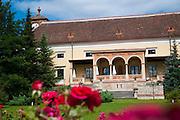 Schloss Weikersdorf, Baden bei Wien, Niederösterreich, Österreich .|.Schloss Weikersdorf, Baden, Niederösterreich, Austria..