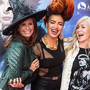 NLD/Ede/20140615 - Premiere film Heksen bestaan niet, Leontien Borsato - Ruiters, Eva Simons , Do , Dominique van Hulst